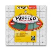 """Regla Frosted Olfa 6.5"""" x 6.5"""""""